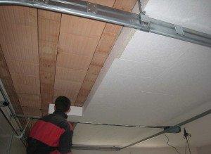 Фото утепления потолка деревянного дома пенопластом, izoljacionnye-materialy.blogspot.com