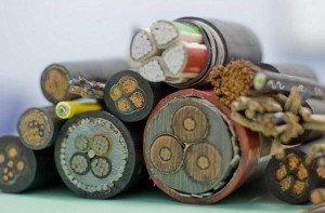 На фото - кабели для электропроводки, stabhouse.ru