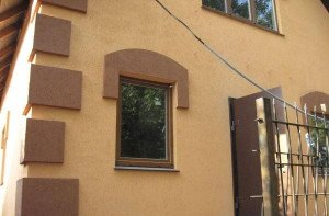 Фото отделки фасада штукатуркой Короед, photodomik.ru