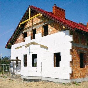 На фото - отделка дома пенопластом, mastera-fasada.ru