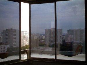 На фото - защитная пленка для панорамных стекол, kvartirakrasivo.ru