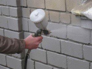 На фото - теплоизоляция кирпичной стены жидким пенопластом, uteplitel-ok.ru