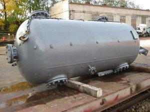 На фото - резервуар для автономного газоснабжения частного дома, oldz.ru