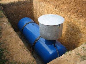 На фото - место для резервуара газоснабжения частного дома, aquagroup.ru