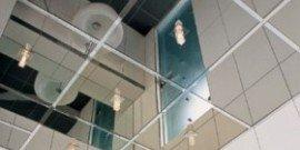 Зеркальные потолки в квартире – оригинальное решение