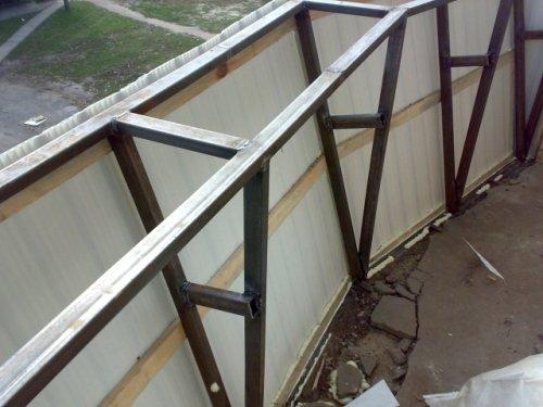 Как своими силами сделать остекление балконов с выносом? ....