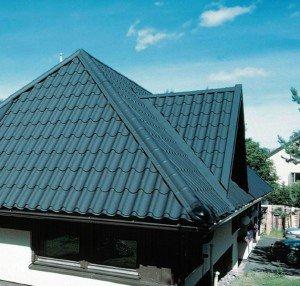 Фото крыши из металлочерепицы, ruukkiroof.ru