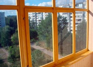 Фото монтажа деревянных окон на лоджии, obalkonah.ru