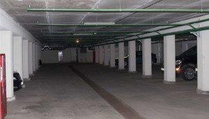 На фото - подземный паркинг в новостройке, promex.by