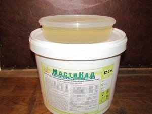 На фото - двухкомпонентный полиуретановый герметик, promobud.ua