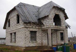 Фото дома из пеноблоков разных габаритов, openoblokah.ru