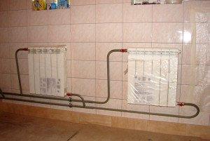 На фото - функциональные радиаторы из биметалла, plusteplo.ru700