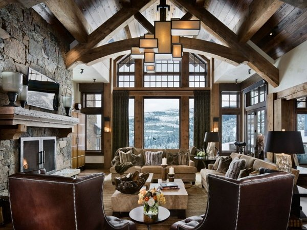 Дом шале – привет с альпийских гор фото