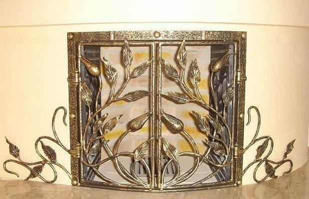 Предмет интерьера дачи из кованого металла