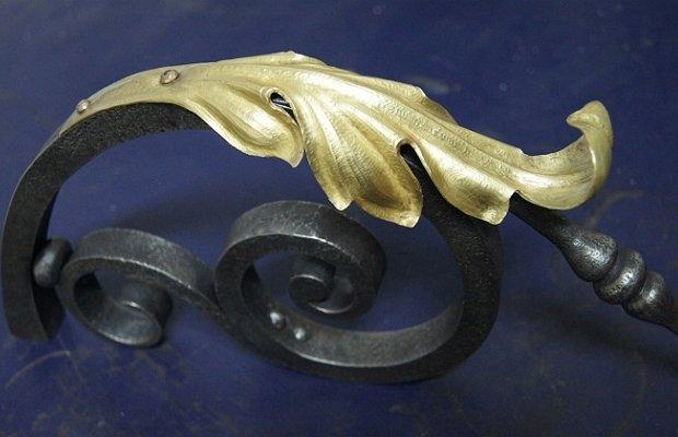 «Акантовый лист» для декорирования кованого козырька