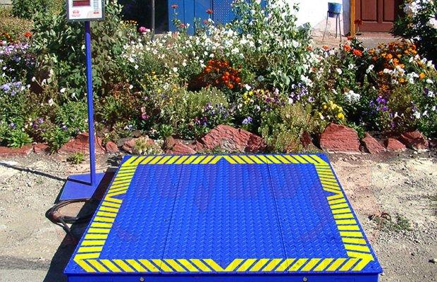 Платформенные весы для взвешивания песка
