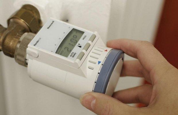 Монтаж контролирующего датчика терморегулятора котла