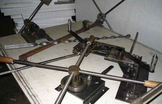 Инструменты для холодной ковки – волны и фонарики!