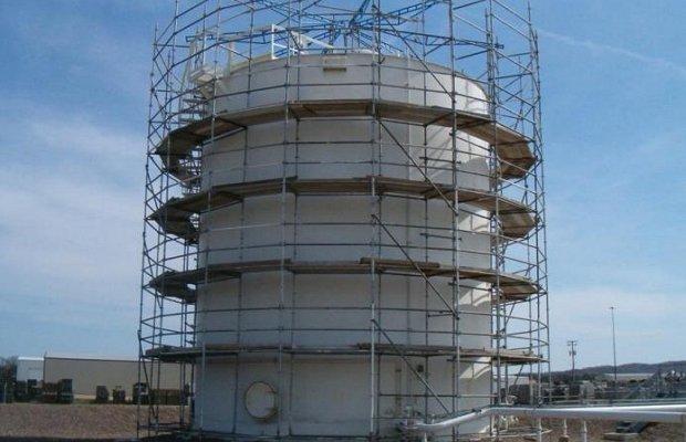 Установка конструкции вокруг башни