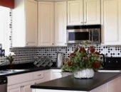 Фото - Виниловые обои для кухни – идеальный вариант оклейки стен