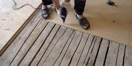 Как выровнять деревянный пол своими руками быстро и качественно?