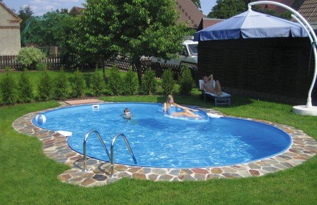 От чего нужно избавлять бассейн?