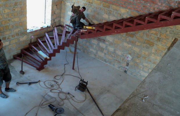 Требования к лестницам из металла