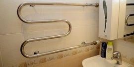 Установка полотенцесушителя в ванной своими руками – как лихо заменить старую конструкцию?
