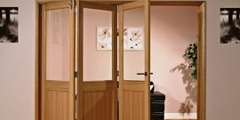 Как установить дверь-гармошку собственными силами?