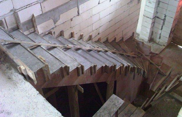 Что подразумевается под опалубкой лестницы?