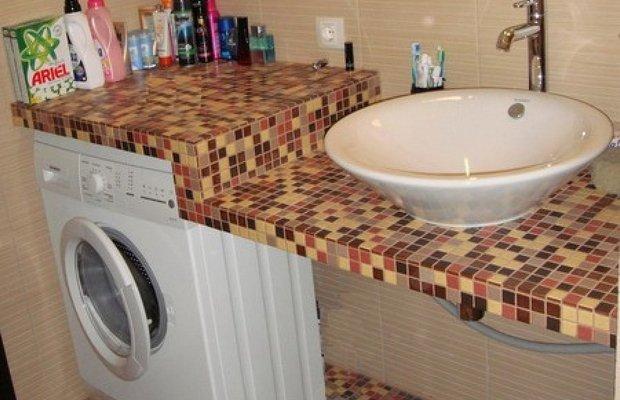 Отделка мозаичной плиткой – краткая инструкция