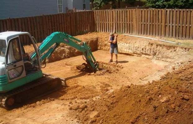 Строительство бассейна – начало работ