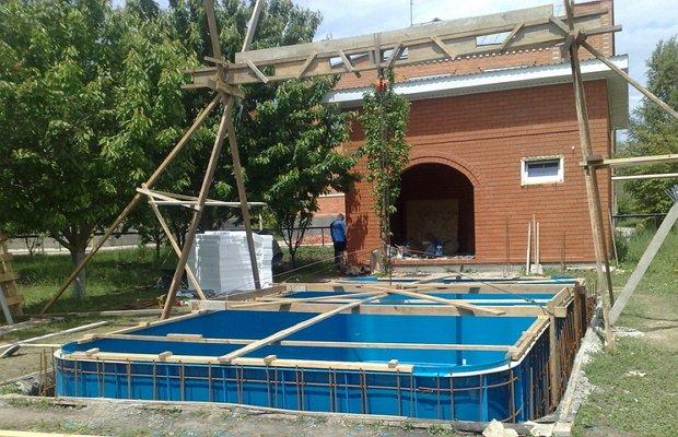 Создаем корпус искусственного водоема