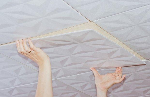 Наклеиваем плитку – инструкция для начинающих мастеров