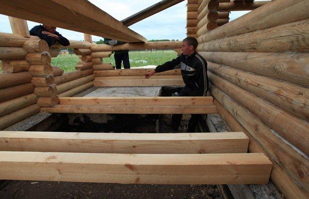 Зачем устраивать лаги в деревянном доме?