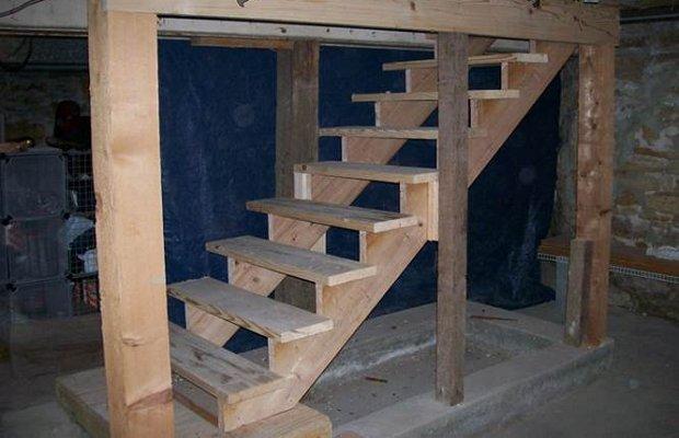 Лестницы в погреб – настоящее богатство выбора