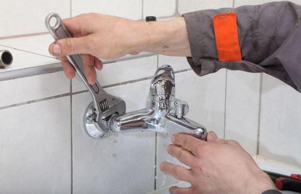 Осуществляем ремонт вентильного смесителя