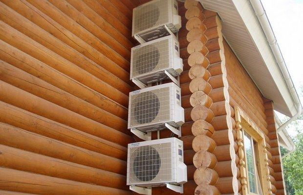 Нужна ли вентиляция в жилой постройке из древесины?