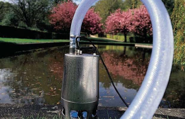 Поверхностный насос для подъема воды из колодца