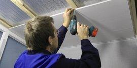 Как крепить пластиковые панели к потолку или делаем достойный ремонт в кризис