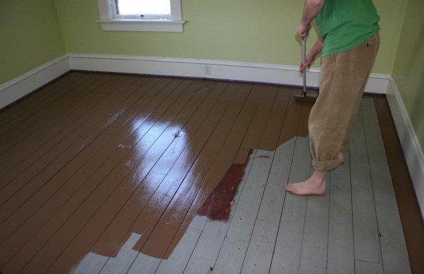 Подойдёт ли краска для деревянного пола?