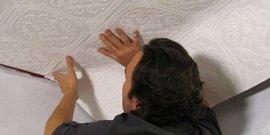Как клеить флизелиновые обои на потолок – дело мастера боится!