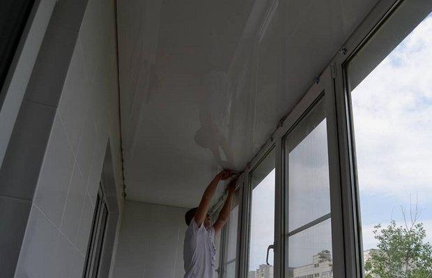 Эксклюзив для потолочной поверхности на балконе
