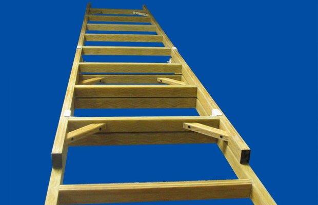 Делаем простую лестницу на второй этаж – инструкция