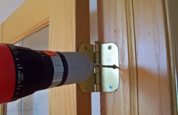 Правильный подход к навешиванию межкомнатных дверей