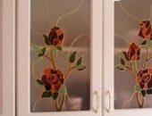 Фото - Декупаж двери со стеклом своими руками – как это делается