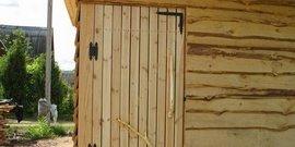 Дверь в сарай – быстрое изготовление недорогой и надежной конструкции