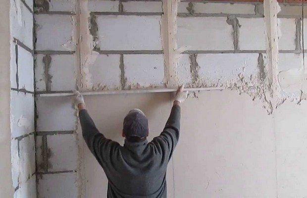 Нужно ли штукатурить стеновые поверхности из пеноблоков?
