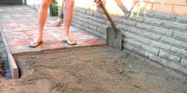Укладка тротуарной плитки на бетонное основание – все нюансы операции