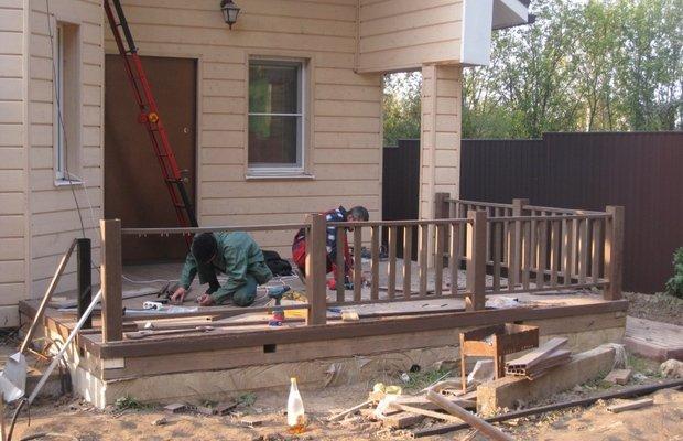 Заборчик для веранды – большой выбор конструкций из разных материалов